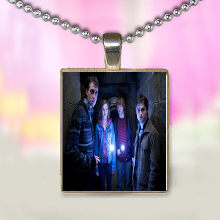 Harry Potter and The Deathly Hollow Movie Pendant with Chain